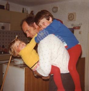 1977 mit Papa und Edith